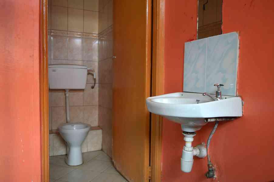 Main Washroom Area